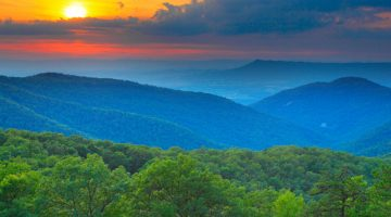 40+ Things To Do In Virginia's Blue Ridge Mountains + 3-Day Trip Itinerary