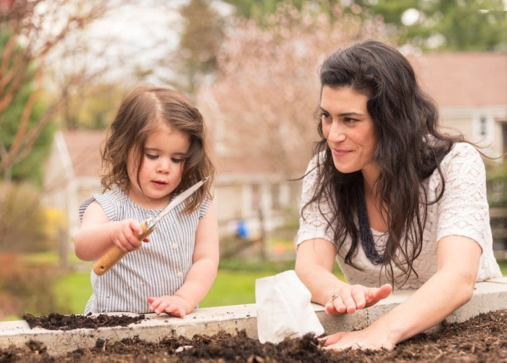 SubUrban Outdoors: the new victory garden - Outdoor Families Magazine