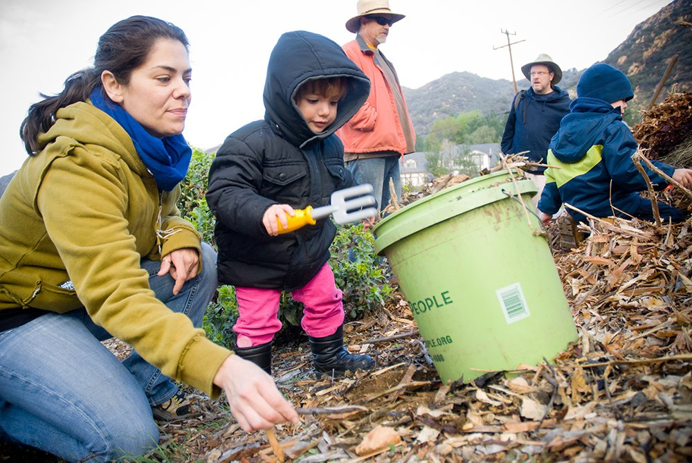 The Great Outdoor Clean Up: Getting community involved and connected - Outdoor Families Magazine