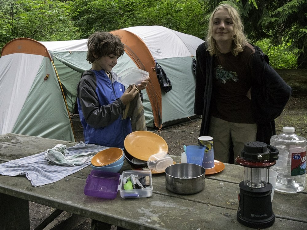 Family Camping is Cool: Tips and tricks for a successful first outing - Outdoor Families Magazine